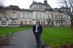 Στην-Ιατρική-Σχολή-του-Πανεπιστήμιου-Cardiff_1067_800